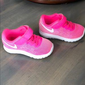 Toddler Nike Pink Shoes Size 5